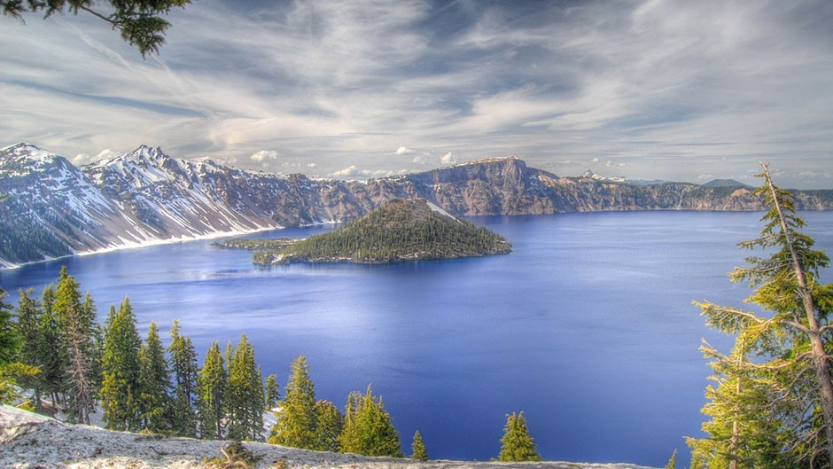 Crater Lake in Oregon will see a Ring of Fire in 2023. Credit: CC0 Public Domain (pixabay.com)