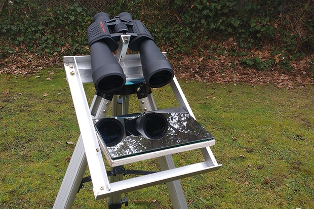 Keep your binoculars steady with a mount that faces down to look up. Image Credit: Will Davis