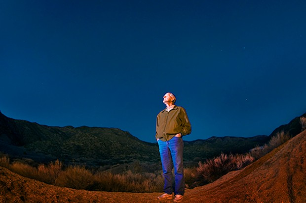 The late Richard Spalding, who led the study, looks up at the night sky. Credit: Photo by Randy Montoya
