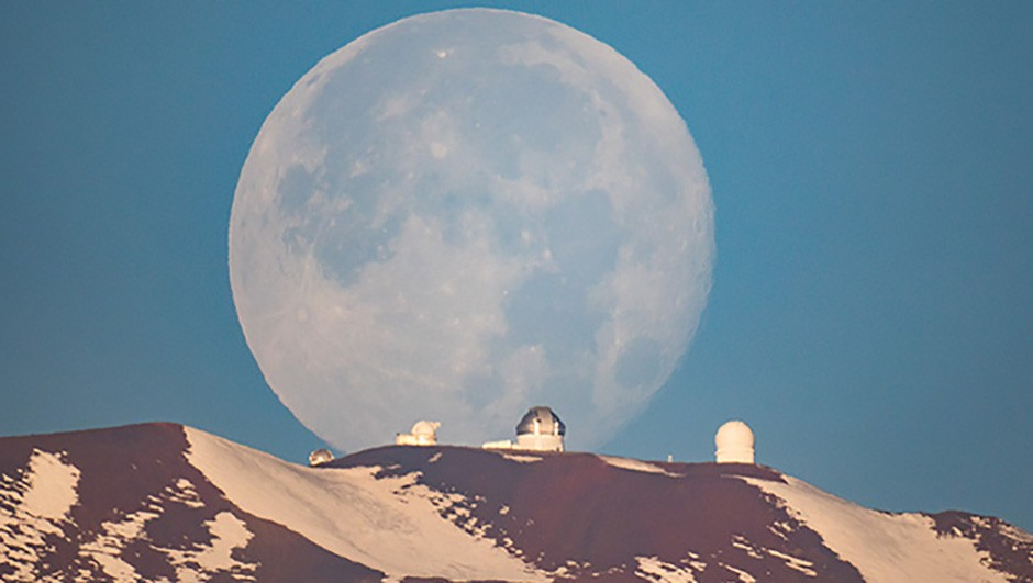 Mauna Kea Moonset by Sean Goebel came highly commended in the Our Moon category in the 2017 competitionCredit: Sean Goebel