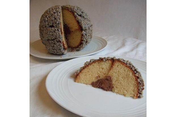 M3 cake and slice