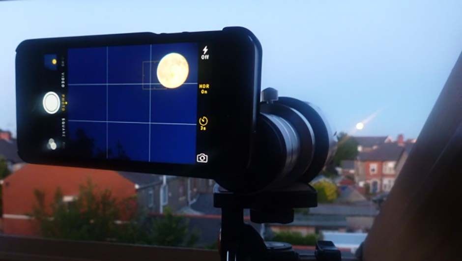 The 50x zoom of the Night Sky MiniScope can be used with a stargazing app