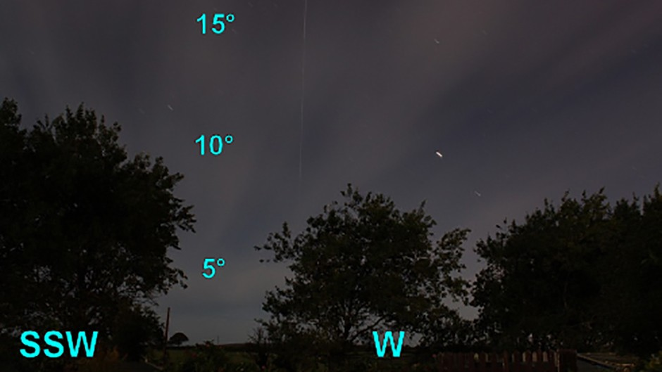 ISS making its appearance in the west, rising vertically up from the horizon