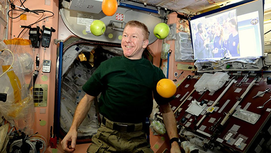 Fresh fruit: enough to put a smile on the face of any astronaut. Here, British astronaut Tim Peake demonstrates how easy juggling is in a weightless environment. Credit: ESA/NASA