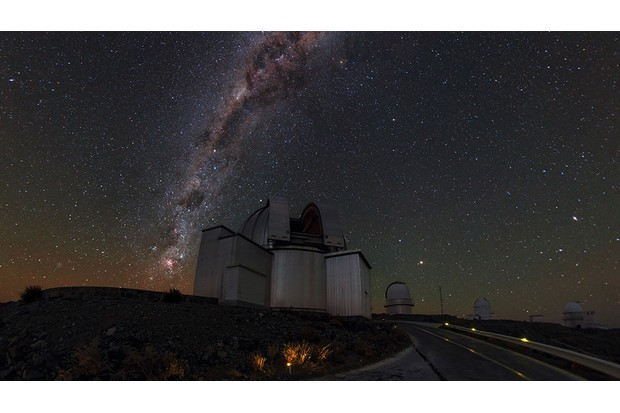 The Small and Large Magellanic Clouds are best seen from February to July. Credit: ESO/B. Tafreshi (twanight.org)