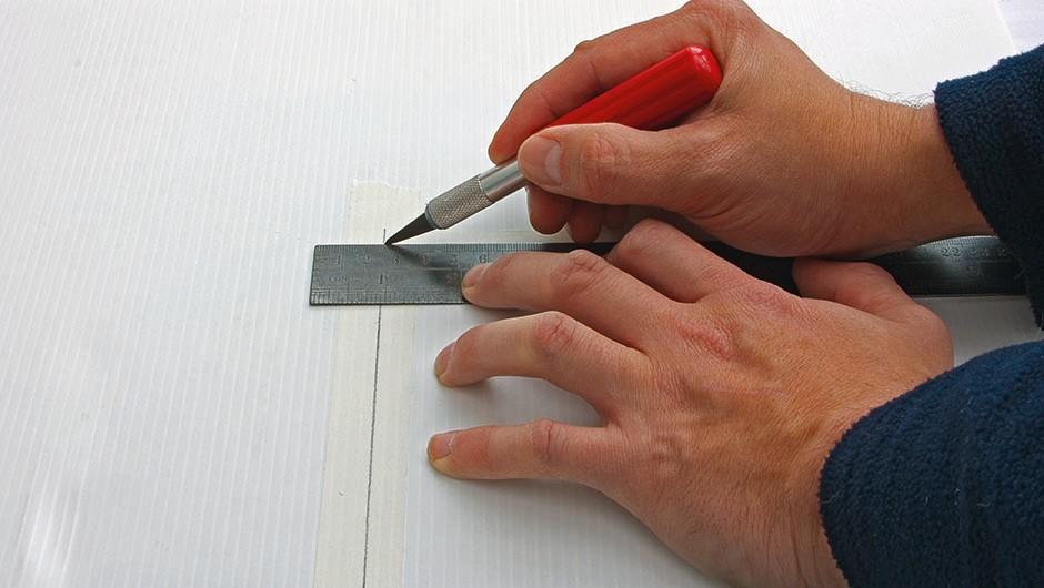 step1_cut_panel