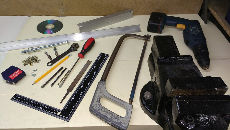 Tools and materials. Image Credit: Will Davis