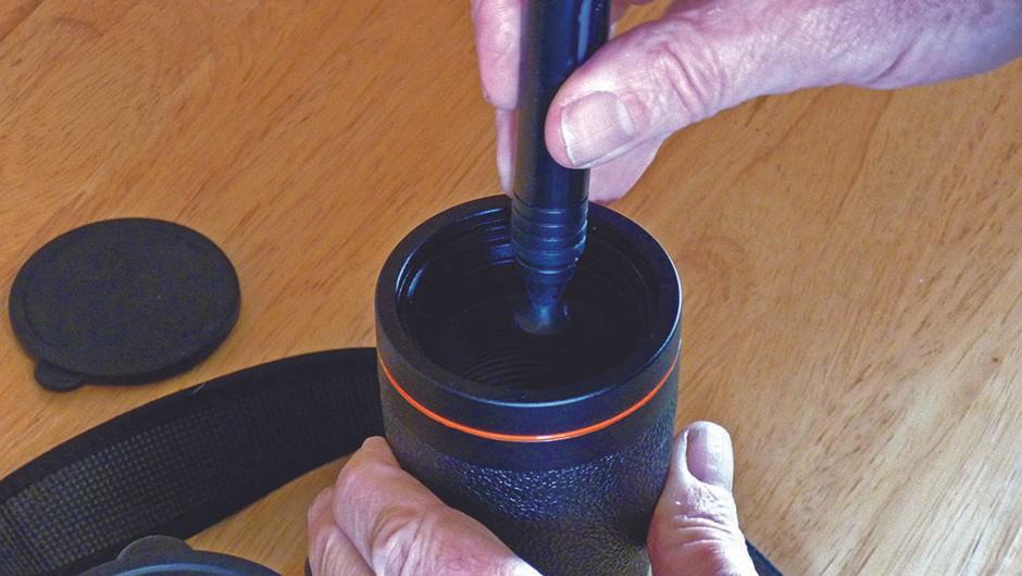 Keep-binoculars-clean06