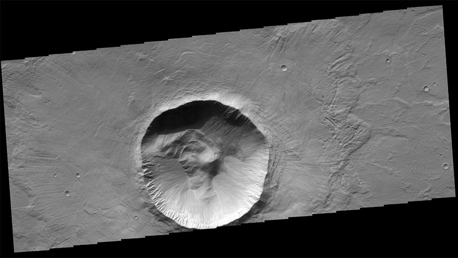 Diagonal striping on this map of the Utopia Planitia region shows the area where the water ice deposit was found.Credit: NASA/JPL-Caltech/Univ. of Rome/ASI/PSI