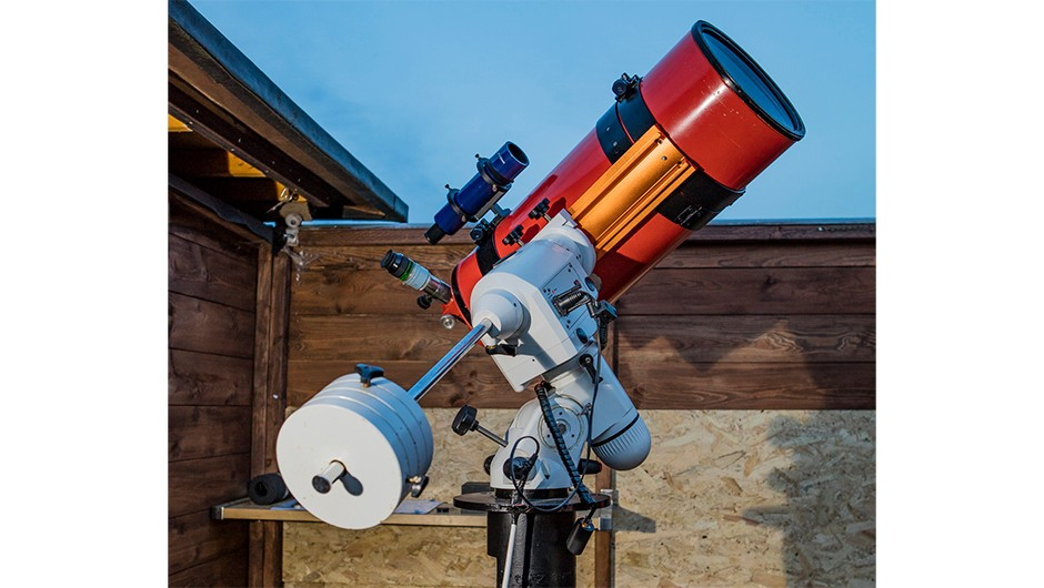 Fully refurbished and mounted, the Perseus will now help Sunderland AS with its outreach programmes, engaging the next generation of local astronomers.Credit: Larry Bedigan