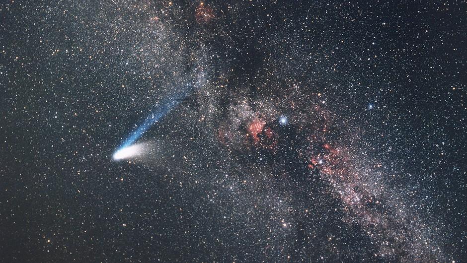 Comet Hale-Bopp. Image Credit: ESO/E. Slawik