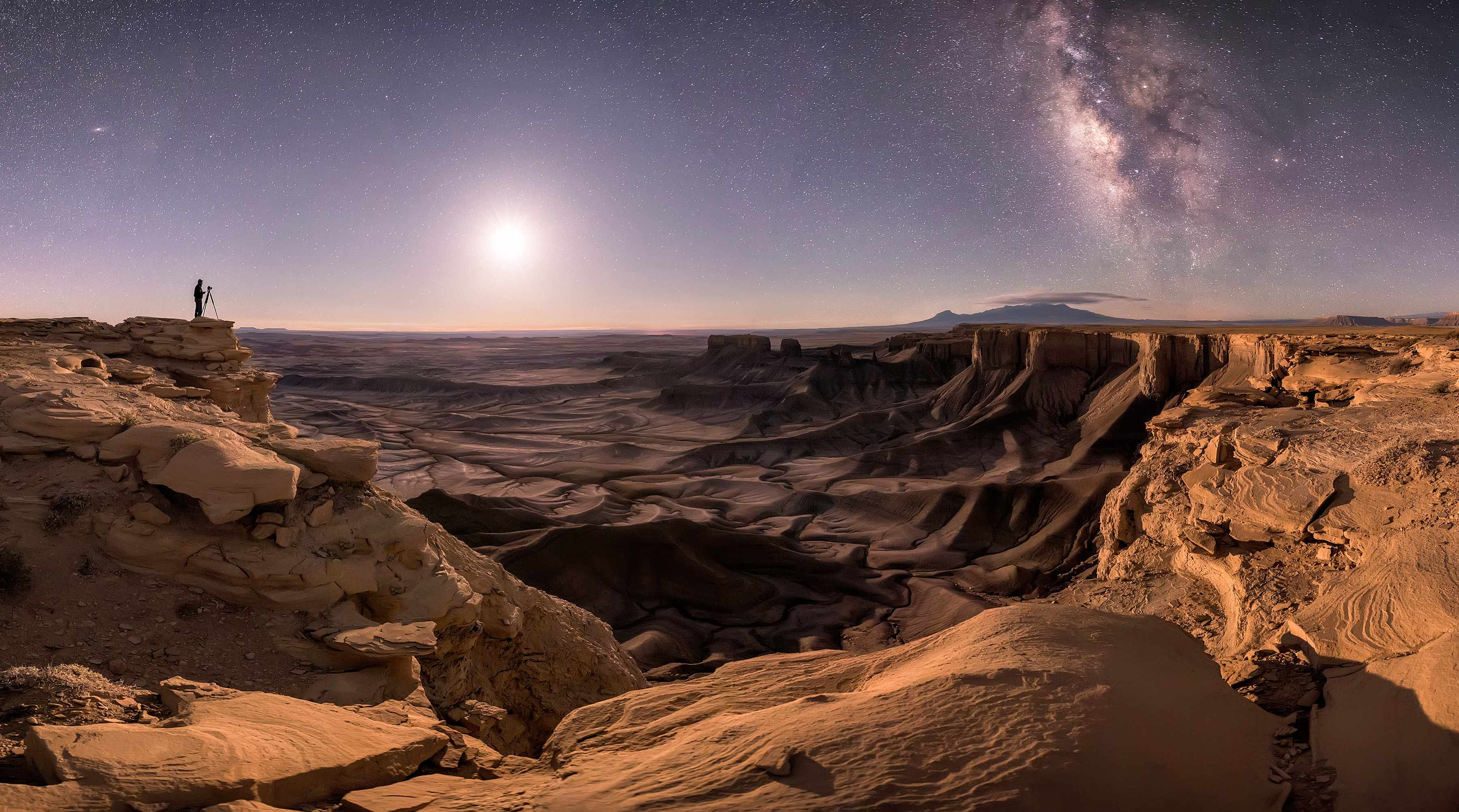 Transport the Soul, Brad Goldpaint, Moab, Utah, USA, 20 May 2017. Equipment: Nikon D810 DLSR camera, 14mm f/4.0 lens. Category: People & Space (Overall winner)