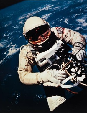 Ed White becomes the first American to spacewalk during the Gemini 4 mission, 3 June 1965.