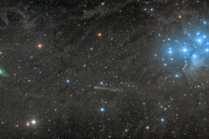Two Comets with the Pleiades, Damian Peach, Remote Astronomical Society Observatory, Mayhill, New Mexico, US, 19 September 2017. Equipment: SBIG STL11000M CCD camera, Takahashi FSQ-106 ED refractor, Paramount ME mount, 530mm f/5 lens. Category: Robotic Scope