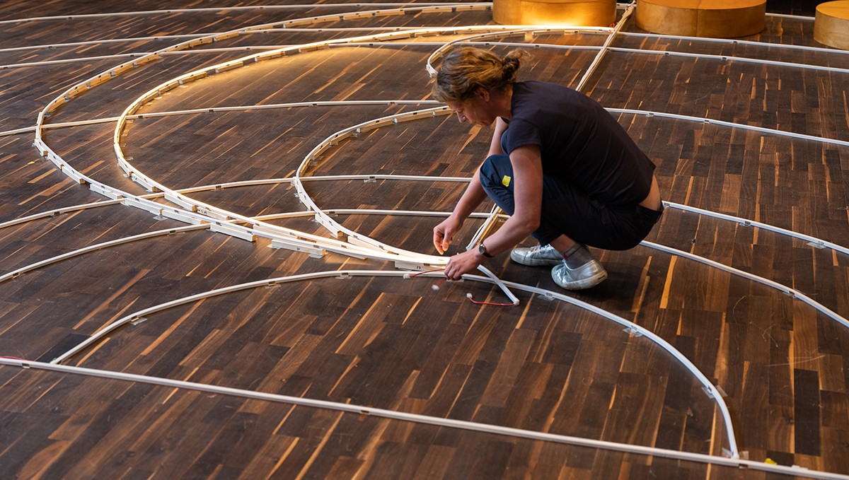 Laying down a geocentric map of the Solar System to complete the stage setup.
