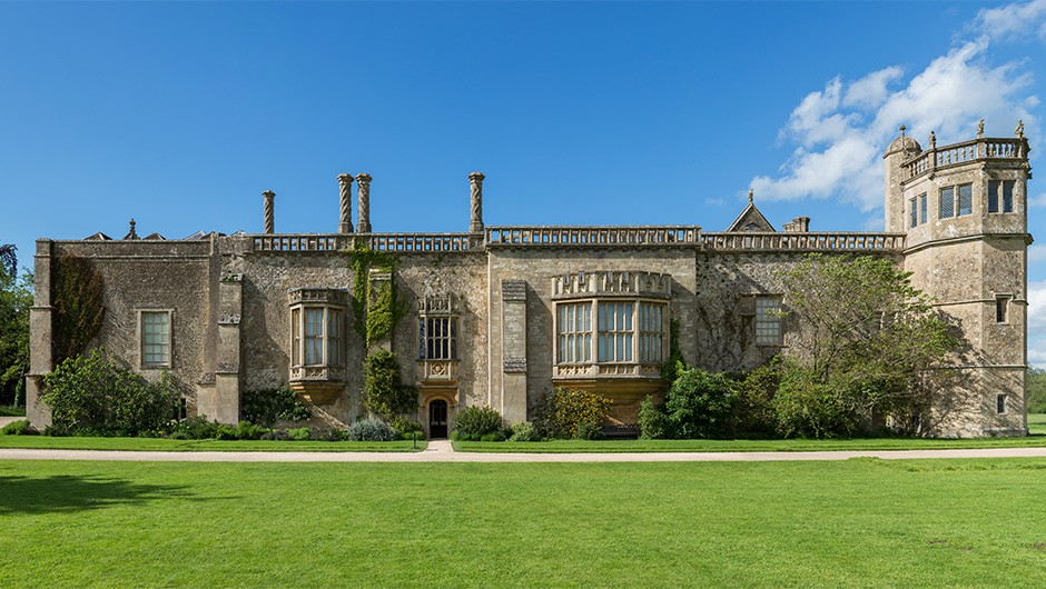 Lacock Abbey HEADER