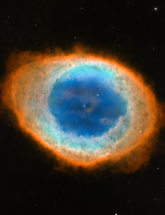 Hubble has helped to define the shape of the Ring Nebula, revealing it to be doughnut shaped, with lower density material at its core. Credit: Credits: NASA, ESA and the Hubble Heritage (STScI/AURA)-ESA/Hubble Collaboration