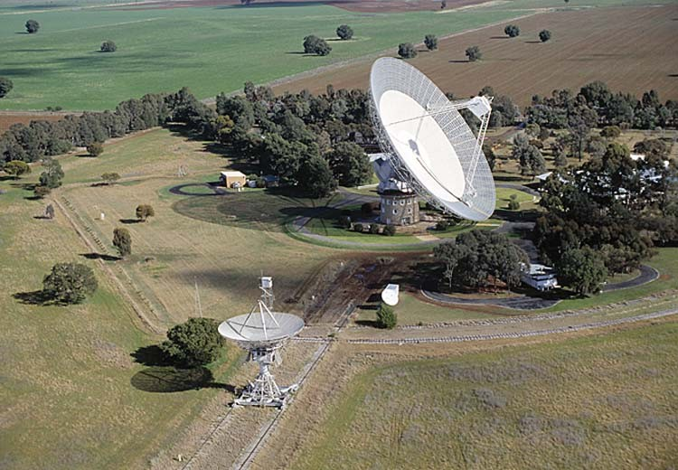 The 64m Parkes dish, used to film the Apollo 11 moonlanding. Credit: CSIRO