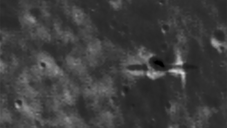 Images of the Moon taken by NASA's Lunar Reconnaissance Orbiter have enabled the pinpointing of the impact location of ESA's SMART-1 lunar spacecraft(P Stooke/B Foing et al 2017/ NASA/GSFC/Arizona State University)