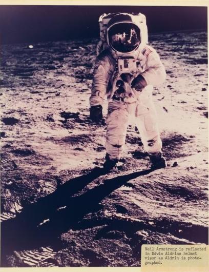 09 - NASA auction