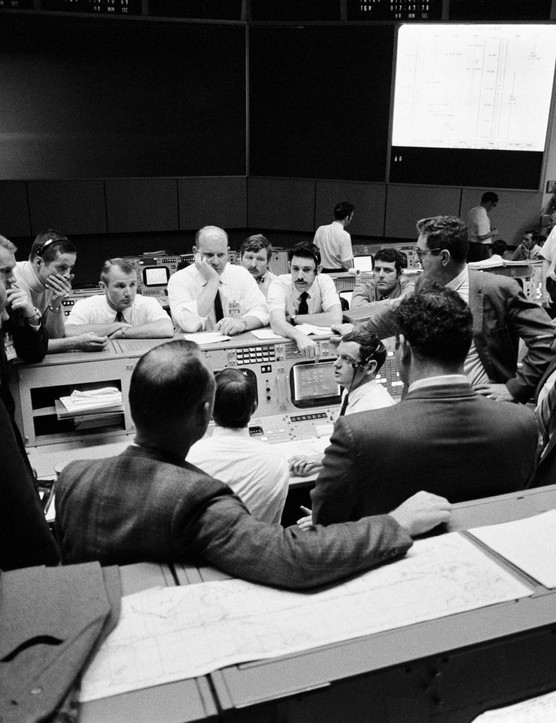 Tensions are high,16 April 1970. Mission Operations Control Room of the Mission Control Center during the final 24 hours of Apollo 13. When this photo was taken, Apollo 13 crewmembers were in trans-Earth trajectory, attempting to bring the problem-plagued spacecraft home.Credit: NASA