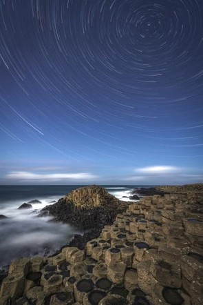 A Giant's Star Trail © Rob Oliver (UK)