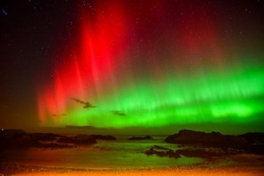 Aurora Over Ballintoy N.Ireland © Glenn Miles