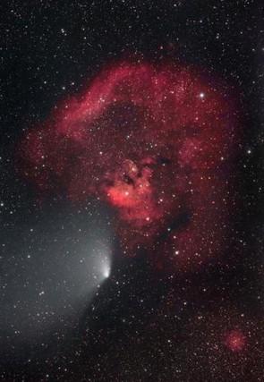 Comet Panstarrs passing Cederblad 214 © Mel Gigg