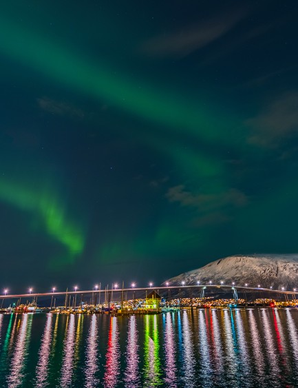 Beautiful Tromso © Derek Burdeny
