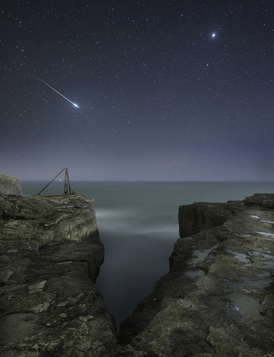 EDIT Shooting Star and Jupiter © Rob Bowes