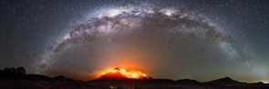 Fires over Mt Barney © Rob Packer