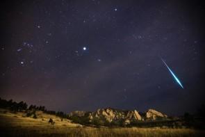 Geminid Fireball © Patrick Cullis (USA)