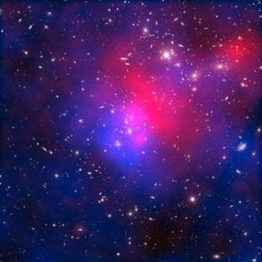 Hubble isn't just used to create beautiful images though. In this image it is used to show where dark matter (blue) and hot gas (red) lie in the Universe. Credit: NASA/ESA/J. Merten (Institute for Theoretical Astrophysics, Heidelberg/Astronomical Observatory of Bologna)/ D. Coe (STScI)