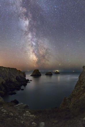 The Milky Way is Reflecting in the Ocean © Laurent Laveder