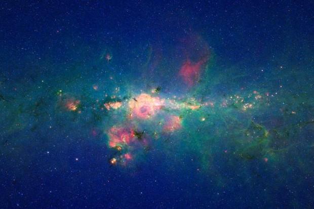 The centre of our galaxy: NASA/JPL-Caltech