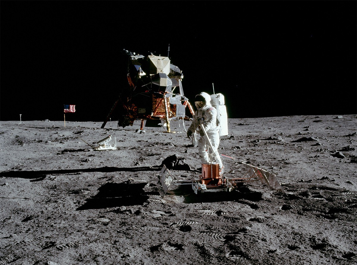 Buzz Aldrin deploying the passive seismic experiment. Credit: NASA