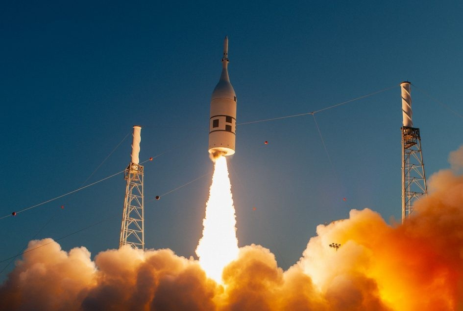 A launch abort system with a test version of the Orion crew spacecraft attached launches from Cape Canaveral Air Force Station, Florida, 2 July 2019. Credit: NASA/Tony Gray and Kevin O'Connell