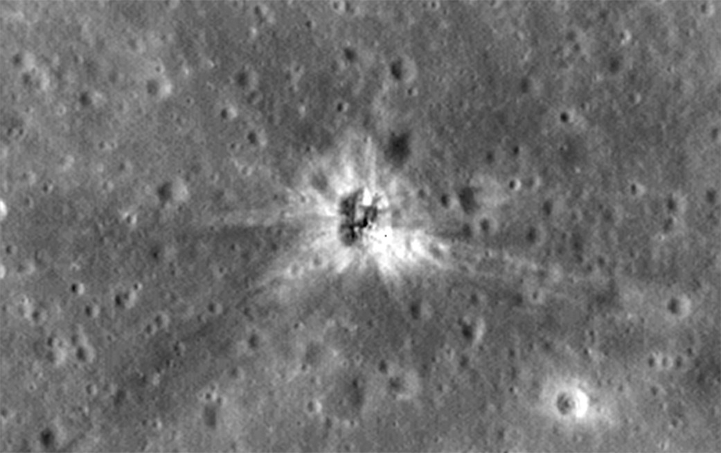 A view of the Apollo 16 S-IVB impact site on the lunar surface, as seen by the Lunar Reconnaissance Orbiter. Credit: NASA/Goddard/Arizona State University