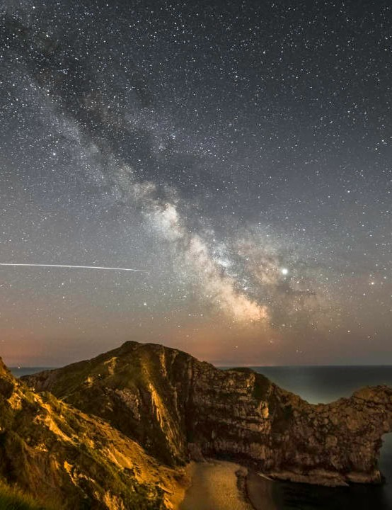 ISS over Durdle Door Kris Walsh, Dorset, 5 May 2019. Equipment: Sony A7 III DSLR camera, Samyang 14mm f2.8 lens, Manfrotto Elements Travel Tripod.