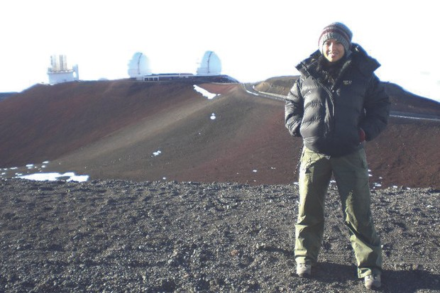 Liz Bonnin at Mauna Kea, Hawaii. Credit: Liz Bonnin