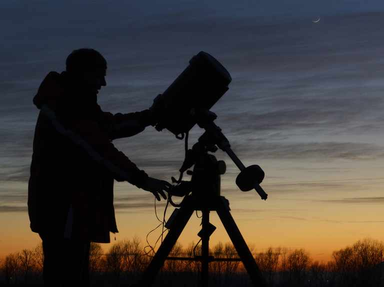 The astronomy season returns: how to prepare for darker nights