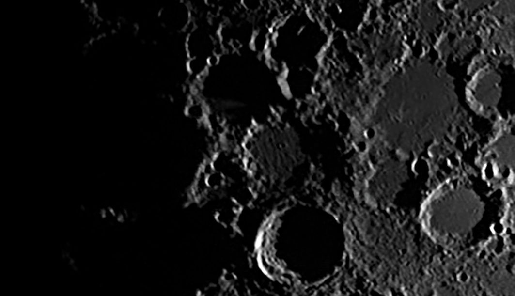 See if you can spot the famous formation known as the 'Lunar X'. Credit: Steve Marsh