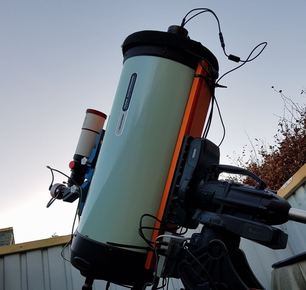 The Celestron RASA with a temporary cover to capture flat frames. Credit: Gary Palmer