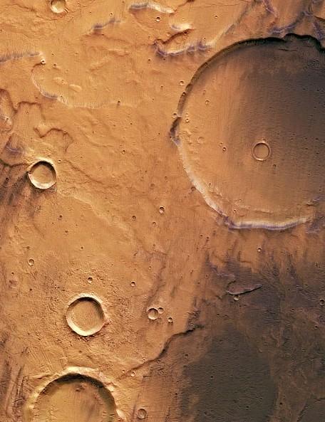 Terra Cimmeria, Mars Mars Express Orbiter, High Resolution Stereo Camera (HRSC), 11 December 2018. Credit: ESA/DLR/FU Berlin, CC BY-SA 3.0 IGO
