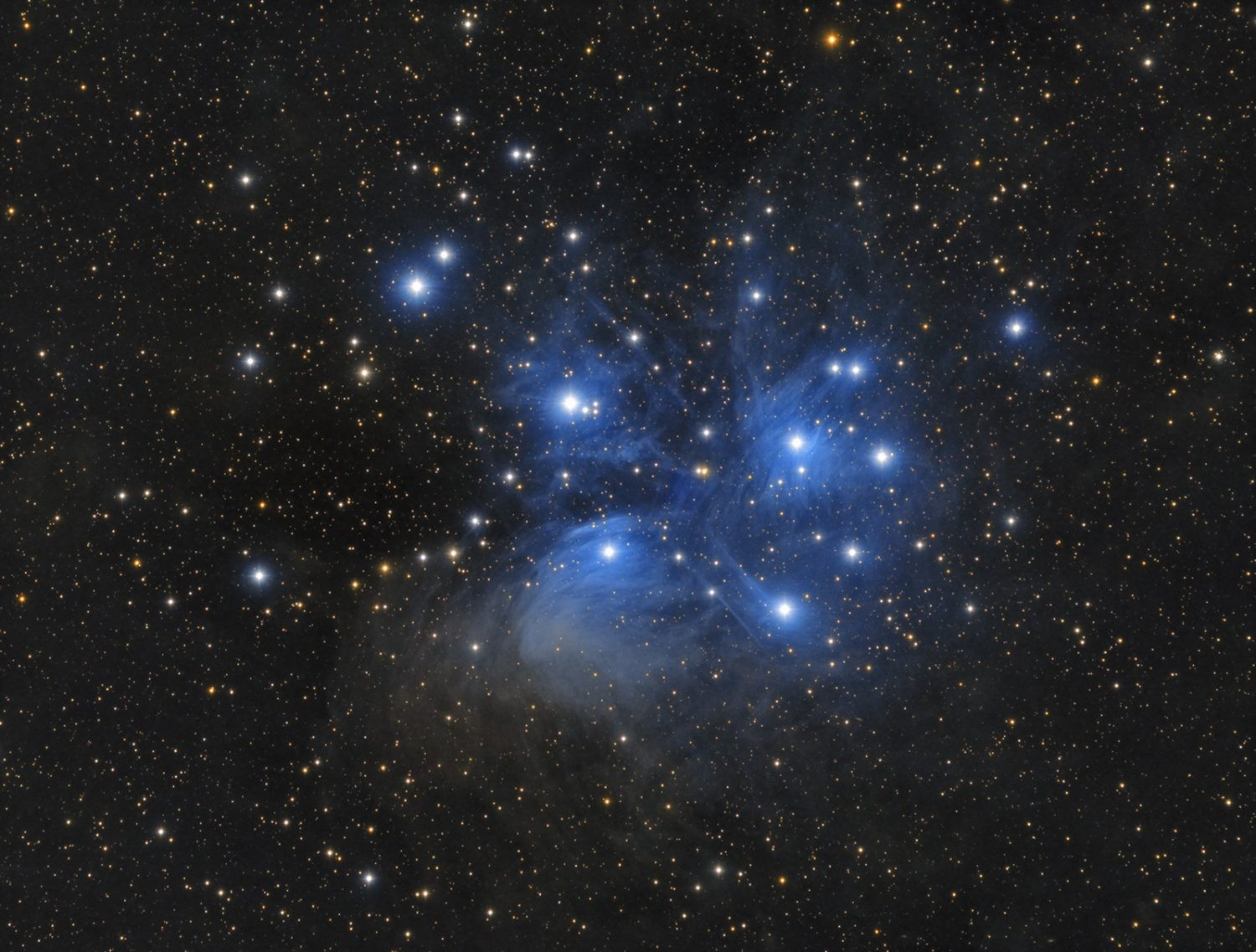The Pleiades can be found by tracing the three stars of Orion's belt and following the line they create to find what appears as a 'smudge' in the night sky. Credit: Tommy Nawratil / CCDGuide.com