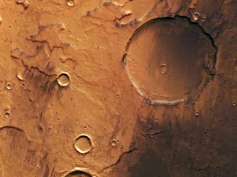 Mars Express orbiter reveals Red Planet's volcanic history