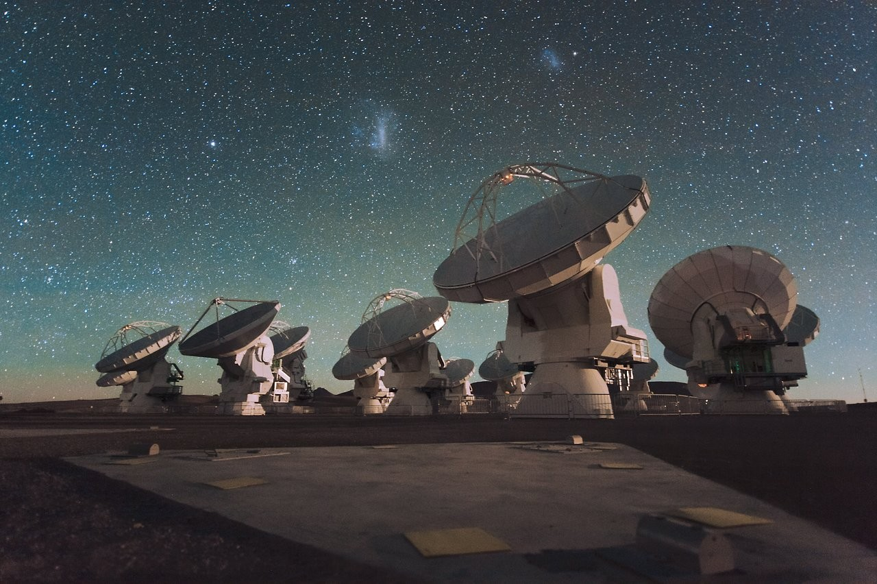 The antennas of the Atacama Large Millimeter/submillimeter Array (ALMA) in the Chilean Andes. Credit: ESO/C. Malin