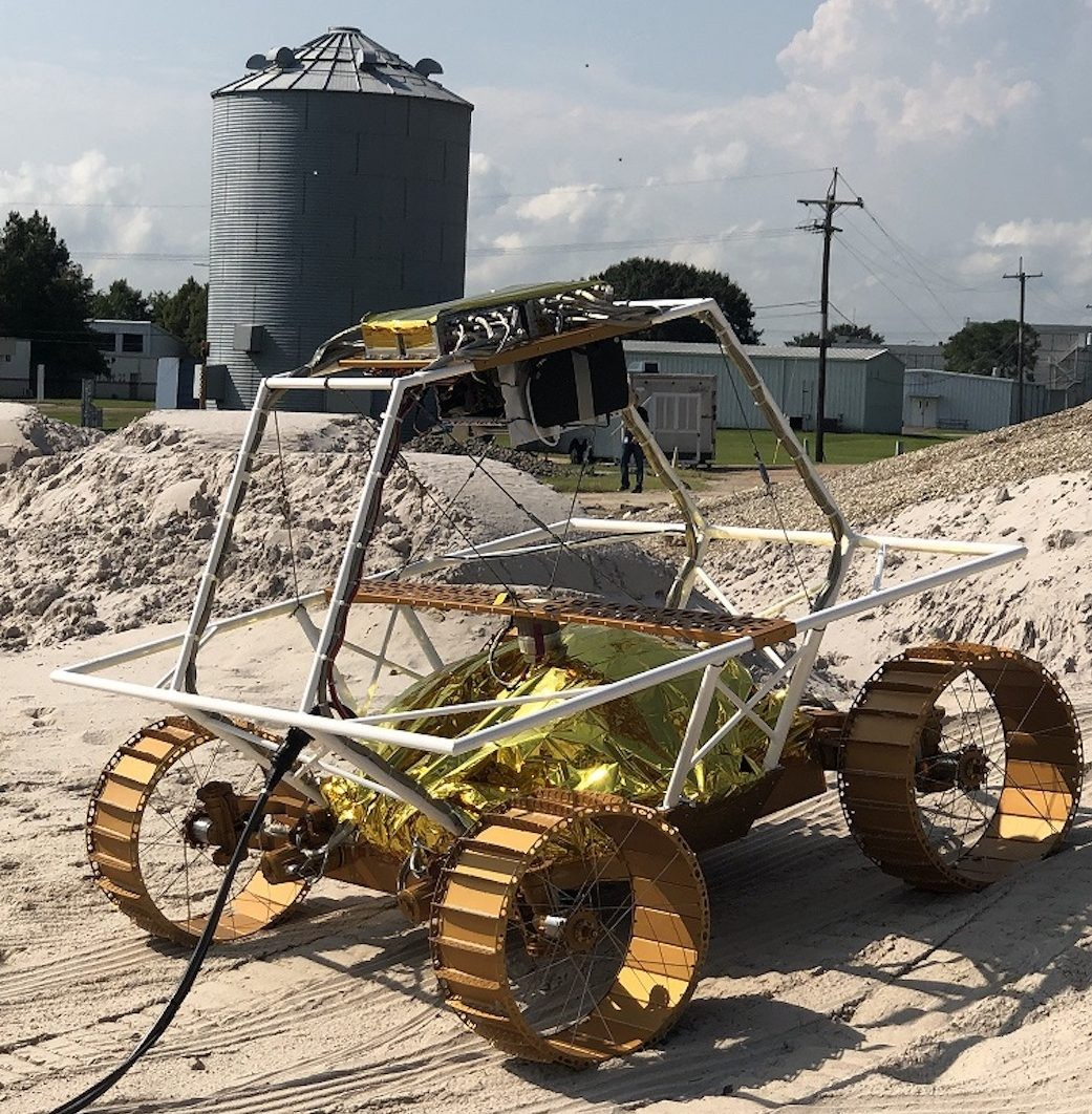 A VIPER mobility testbed: an engineering model created to evaluate the rover's mobility system. Credit: NASA/Johnson Space Center
