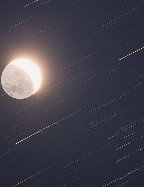 Running Moon Alessio Vaccaro, Cefalù, Sicily, Italy, 26-27 August 2019 Equipment: Canon EOS 5D DSLR camera, TS Optics 80/480mm apo refractor telescope, Sky-Watcher HEQ5 mount