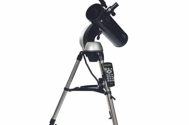 Sky-Watcher SkyHawk 1145P SynScan altaz Go-To Newtonian